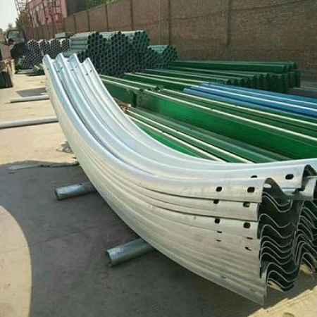 贵州乡村安全防护设施波形护栏板生产厂家