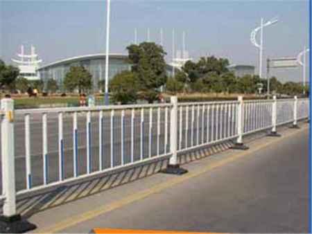 锌钢护栏供应商